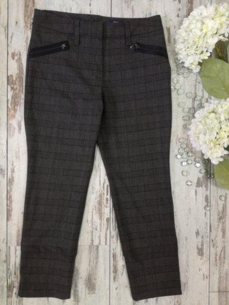 Дамски панталон с ципчета